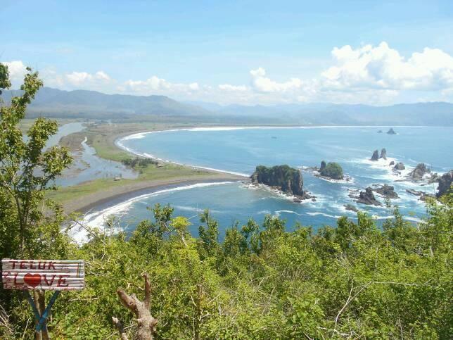 Teluk Love, Wisata Paling Romantis di Jember Jawa Timur Terbaru
