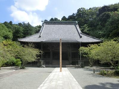 妙本寺祖師堂