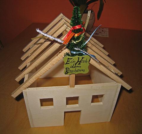 rohbau f r eine torte zum richtfest. Black Bedroom Furniture Sets. Home Design Ideas