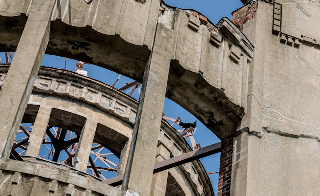 Detalle del Monumento de la Paz de Hiroshima :: Canon EOS5D MkIII | ISO100 | Canon 24-105@105mm | f/9.0 | 1/125s