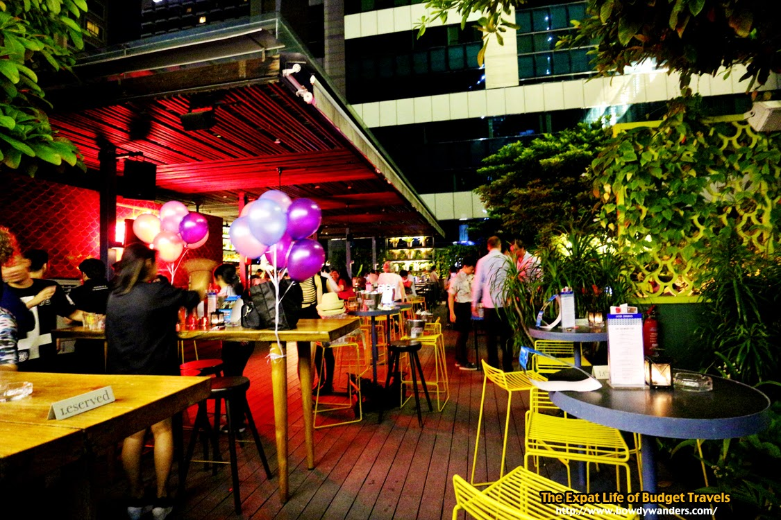 bowdywanders.com Singapore Travel Blog Philippines Photo :: Singapore :: Loof Bar, North Bridge Road