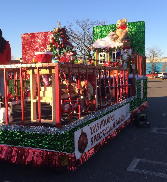 Cross County Mall Chritsmas Parade Yonkers NY 2015