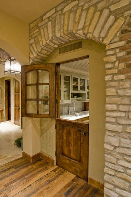 Narrow Double Doors Interior