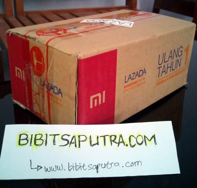 Paket Kiriman dari Lazada Indonesia Berisi Redmi 2 Prime