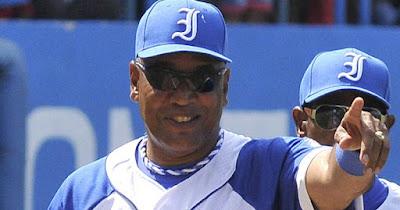 Víctor Mesa renunció como manager de Industriales, tras la salida de sus hijos del país, el nombramiento de Díaz-Canel como presidente de Cuba y por que lo obviaron para la Serie Especial