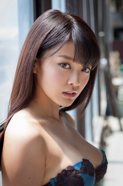 Mari Yamachi 山地まり Sexy Lingerie Images 17