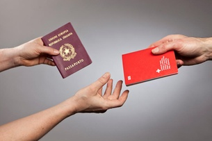 Zurich sees spike in naturalisation requests : Swiss citizenship