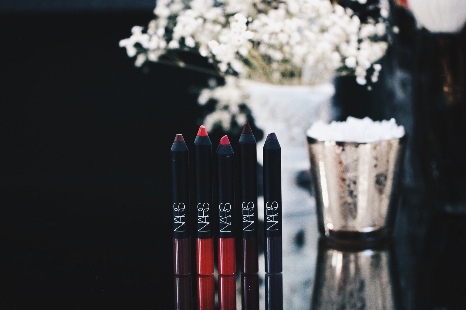 nars velvet matte lip pencil dirty mind, famous red, let's go crazy, do me baby, endangered red avis test swatches