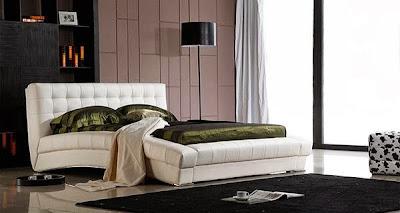 http://www.rumahminimalisius.com/2017/08/tips-dekorasi-kamar-tidur-serta-desain-kamar-tidur-minimalis-unik-dan-nyaman.html