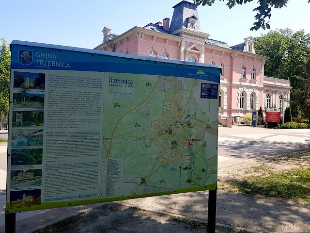 Trzebnica - tężnie solankowe - Staw Gondolowy  - podróże z dzieckiem - atrakcje dla dzieci na Dolnym Śląsku - atrakcje dla dzieci w Trzebnicy