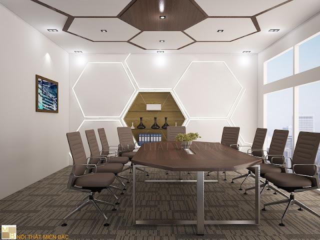 Thiết kế nội thất phòng họp những chiếc ghế thật ấn tượng, chuyên nghiệp với tông màu nâu ấm áp, tự nhiên