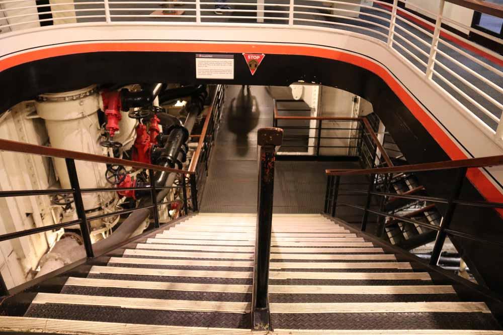 Kummitusjahdissa Queen Mary -aluksella 22