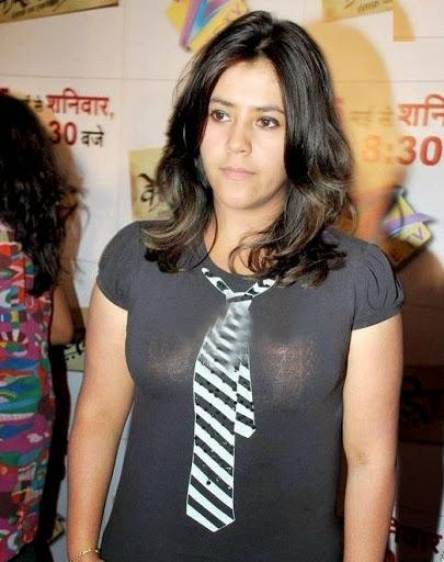 Desi payal sharma big boobs bachi cock suck blowjob in car - 1 part 1