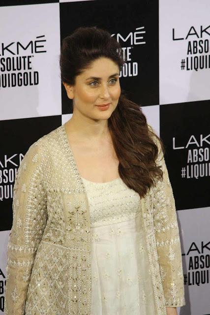 Kareen Kapoor Khan Images at Lakme Fashion Week 2017