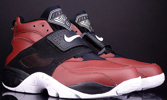 ... Nike Air Diamond Turf  shop f6630 3f913 Images courtesy of eBay seller  95soleman ... 4a58c52fc5