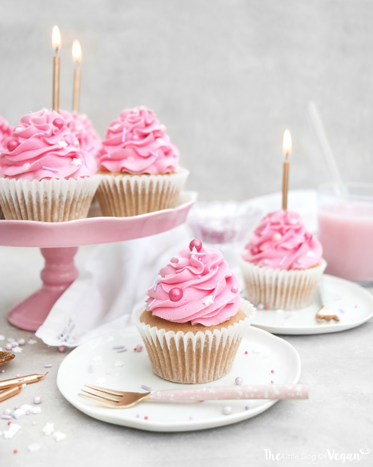 Outstanding Birthday Cake Cupcakes Recipe The Little Blog Of Vegan Funny Birthday Cards Online Sheoxdamsfinfo