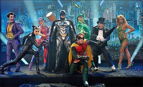 http://2.bp.blogspot.com/-lP91kkLXpus/TdwnW77hdYI/AAAAAAAAAPY/Gmoz662wc1I/s1600/Batman+Live.JPG