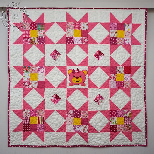Teddy bear quilt, pink patchwork quilt