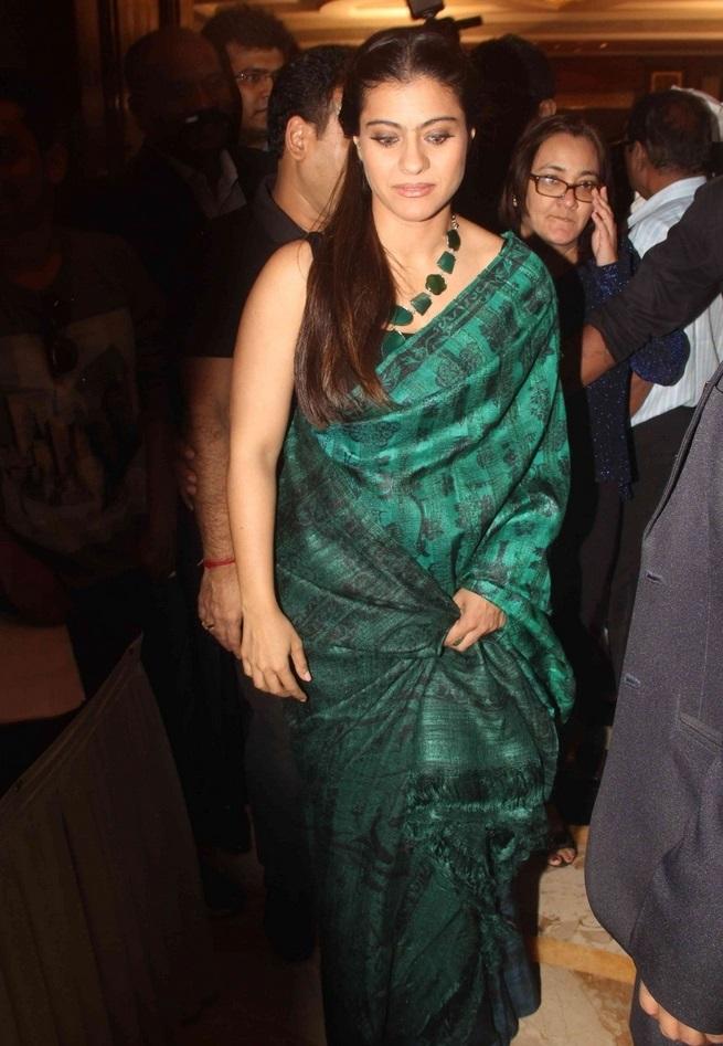 Hot Indian Actress Kajol Long hair Stills In Sleeveless Green Saree