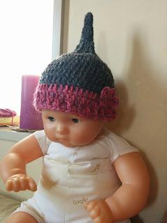 お花付かぎ針編みのどんぐり帽子