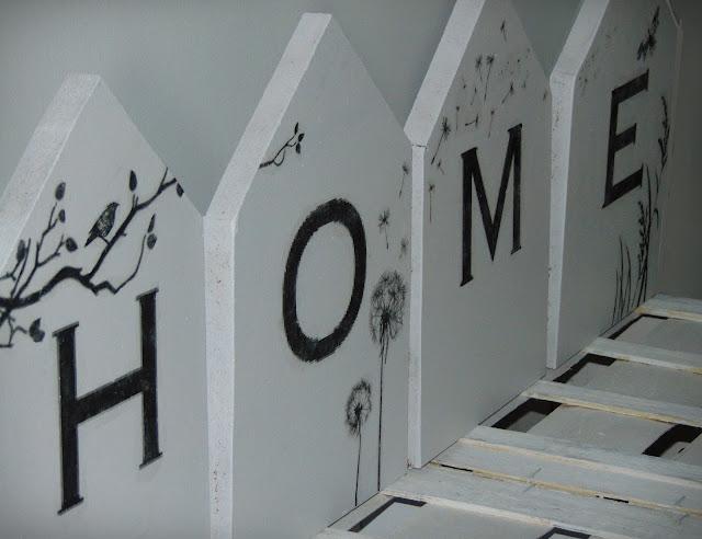 drewniane domki dekoracyjne