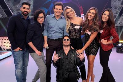 Dilsinho, Mauro Nakada, Rafa Kalimann, Nicole Bahls e Li Martins. Crédito: Lourival Ribeiro/SBT