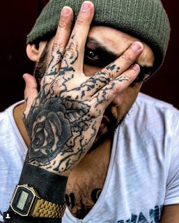 gambar tato tangan mawar