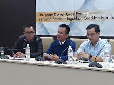 Iskardo Buka Pelatihan Implementasi Fungsi Pengawasan Kepemiluan di Media Massa Pilkada Serentak 2018