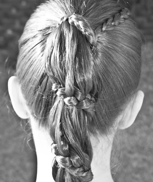 Surprising Princess Piggies Friday39S Film Carousel Braid Short Hairstyles Gunalazisus