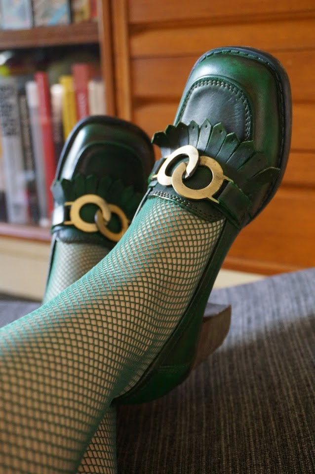 green buckle loafers , chunky heels 70s 1970s skinhead girl shoes