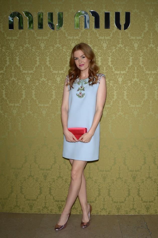 Isla Fisher wears a candy blue dress with Swarovski ...