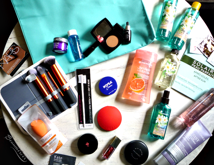 A summer beauty haul with makeup, brushes and body products!