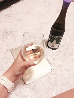 Winc Pacificana Chardonnay wine review | brazenandbrunette.com
