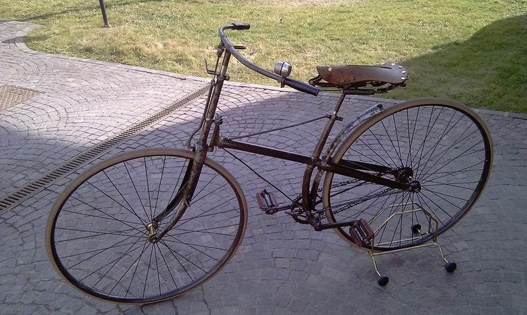 Paramanubrio Peugeot 1891