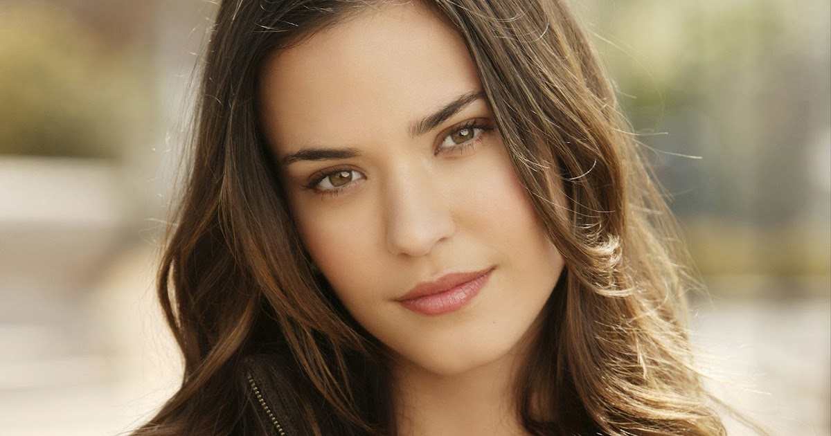 sèries.gtc: ODETTE ANNABLE A TWO AND A HALF MEN