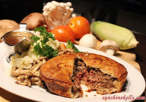 Minced Beef Pie, White Horse Tavern Ampang, White Horse Tavern, Bar & Restaurant, Amp Walk Mall