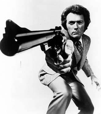 Dirty Harry 1971 movieloversreviews.filminspector.com Clint Eastwood