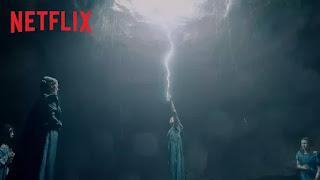 O universo The Witcher, com Henry Cavill, Anya Chalotra e Freya Allan na Netflix