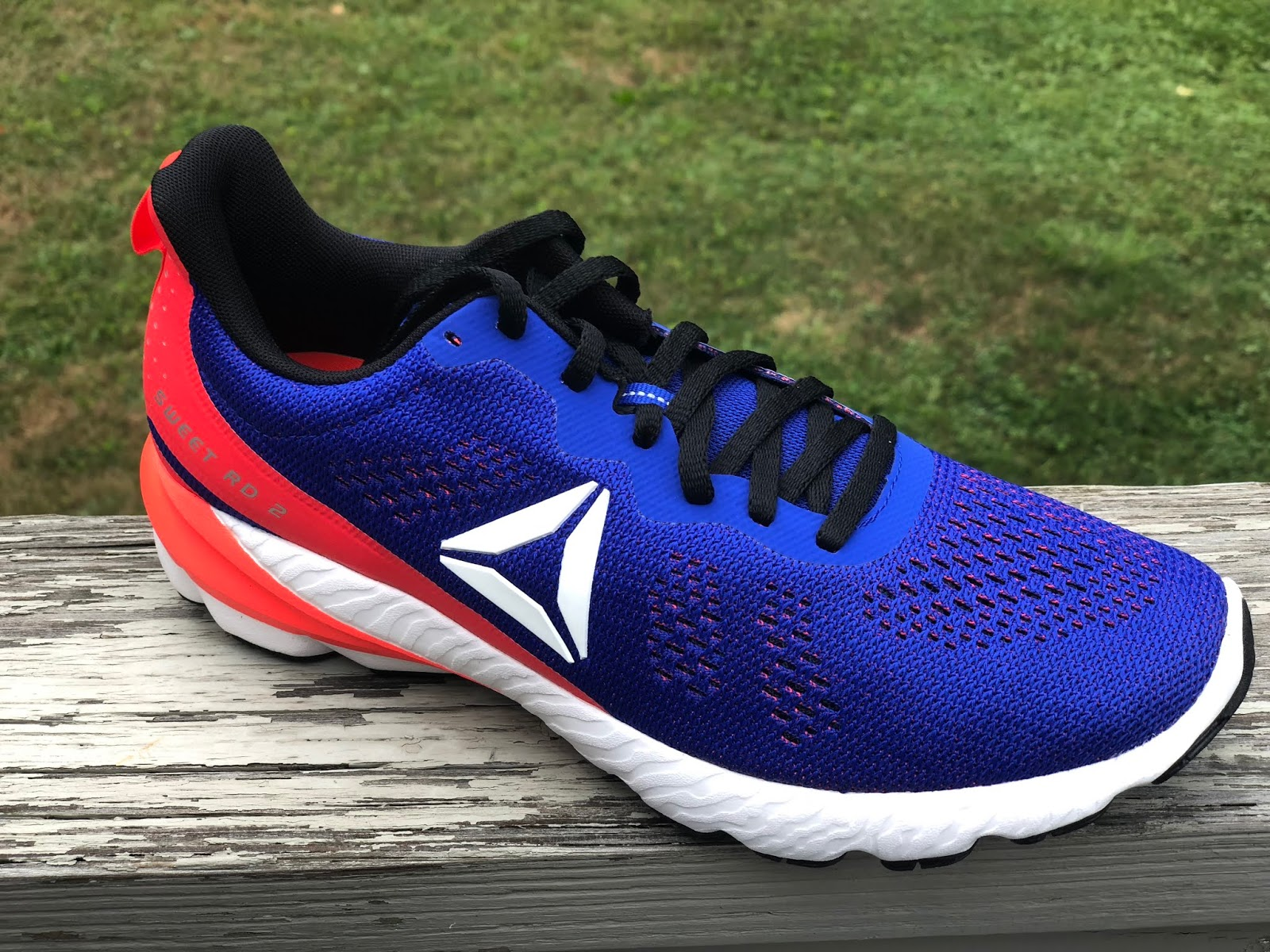 8bef5a2e6cfd71 Road Trail Run  Reebok Sweet Road 2 Review  Easy Riding. Easy ...