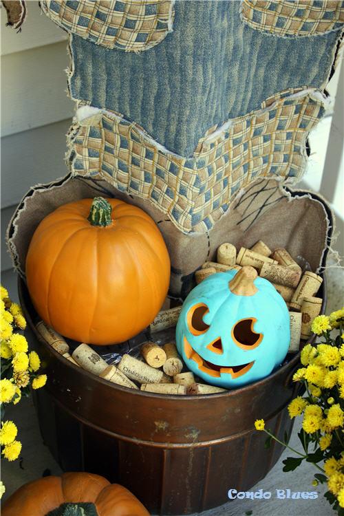 Condo Blues: Fall Wine Cork Porch Decoration Ideas