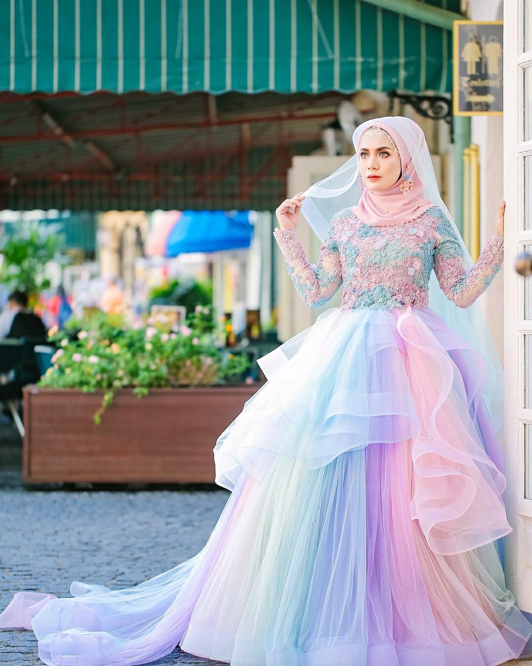 gaun pengantin muslimah ala fairytales cikgunorazimah