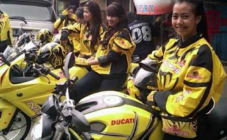 Ojek Lady_Bikers