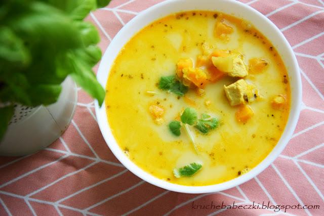 Zupa z kurczakiem, soczewicą i batatem