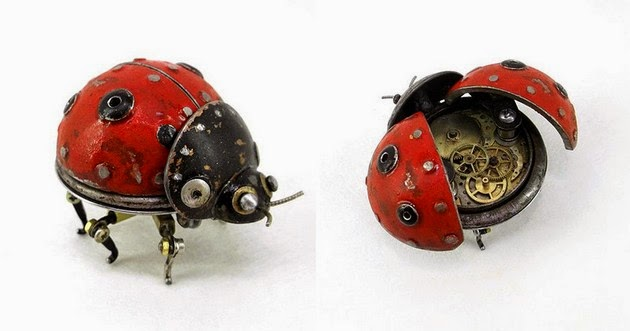 Igor Verniy Creates Beautiful Steampunk Animal Sculptures