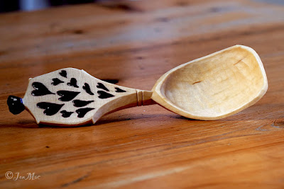 spoon-carving