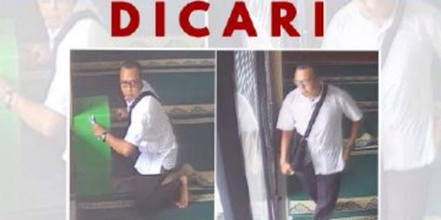'Terciduk' CCTV, Pura-pura Shalat, Ini Tampang Pria Pencuri Uang Kotak Amal di Masjid Depok