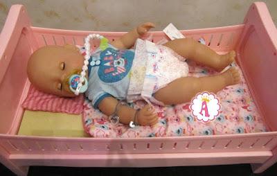Кукла Беби Борн спит