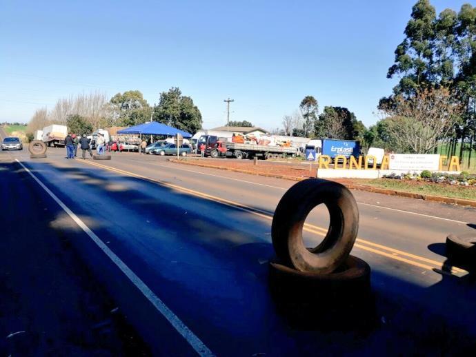 Protesto dos caminhoneiros iniciou nesta semana | Foto: CRBM / Divulgação