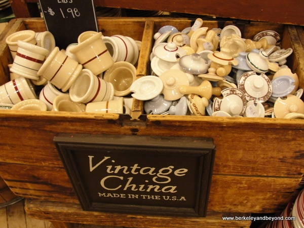 vintage kitchen items at Fishs Eddy shop in NYC