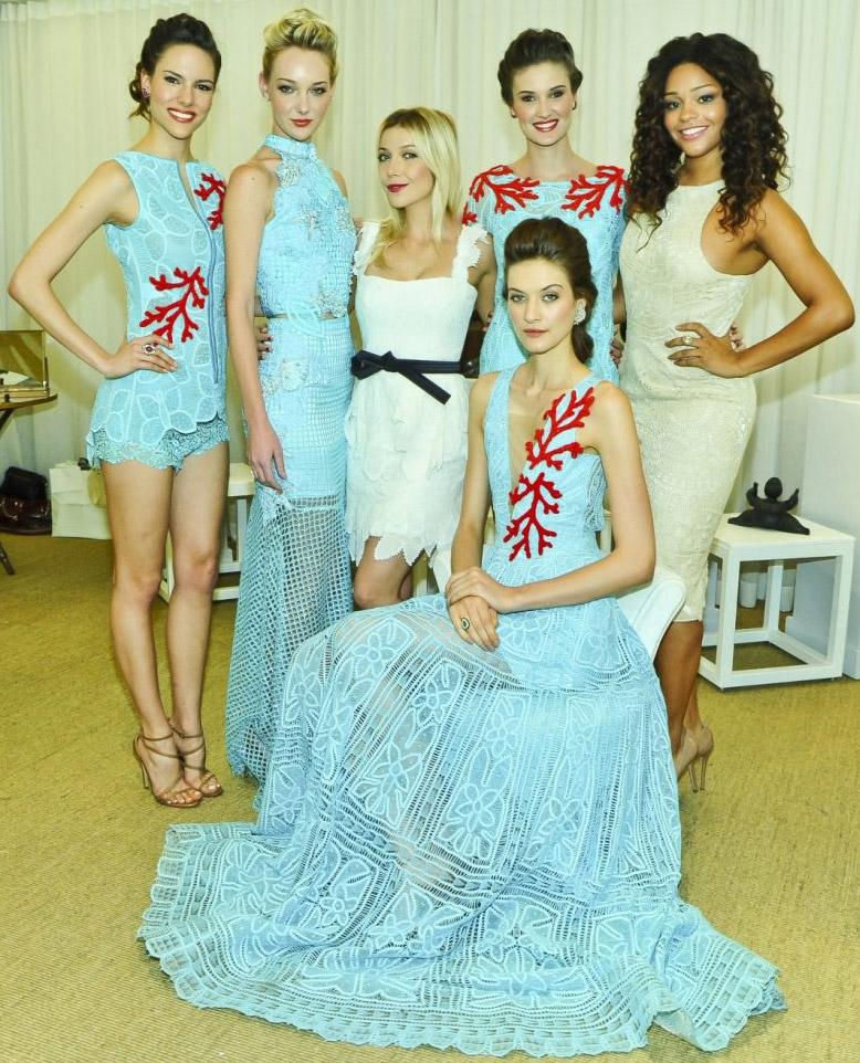 vestidos festivos de renda e bordados Martha Medeiros
